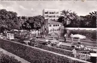 piscinecaman1892.jpg